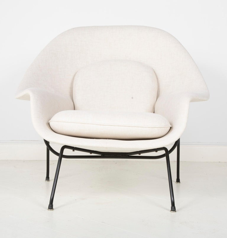Mid-Century Modern Early Womb Chair Designed for Eero Saarinen For Sale