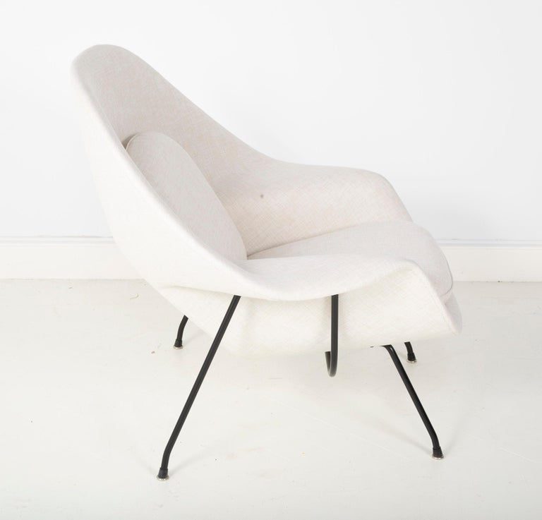 American Early Womb Chair Designed for Eero Saarinen For Sale