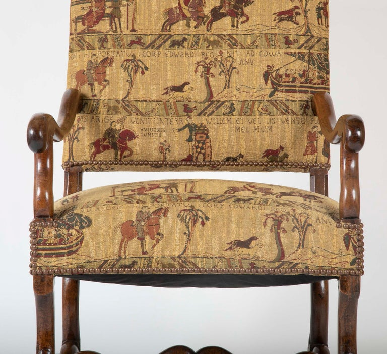 Fenh Louis XIII Style Walnut Armchair In Good Condition For Sale In Stamford, CT