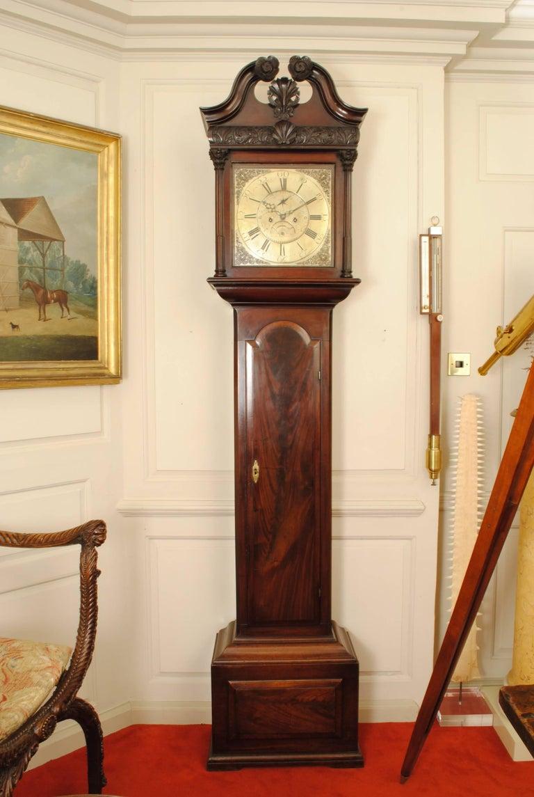 Fine 18th Century Irish Mahogany Long Case Clock In Good Condition For Sale In Lincolnshire, GB