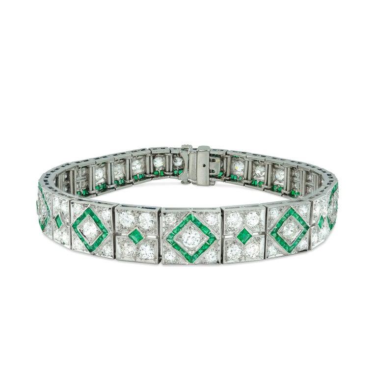 Fine Art Deco Emerald and Diamond Bracelet In Good Condition For Sale In London, GB