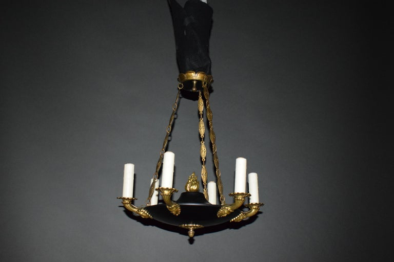 Bronze Fine and Elegant Empire Style Chandelier, France, circa 1910, 6 Lights For Sale