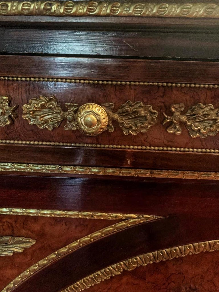 Louis XVI Fine French Ormolu-Mounted Commode a Vantaux with a Mirror, Late 19th Century For Sale