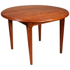 Fine French Round Table in Cherry Wood, 19th Century