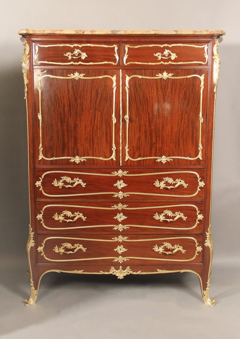 A fine companion pair of early 20th century gilt bronze mounted Louis XV style chest of drawers by François Linke