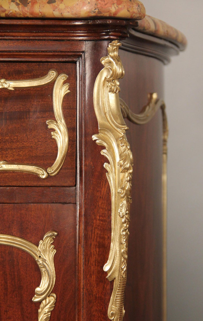 Belle Époque Fine Pair of Early 20th Century Gilt Bronze Mounted Cabinets by François Linke For Sale