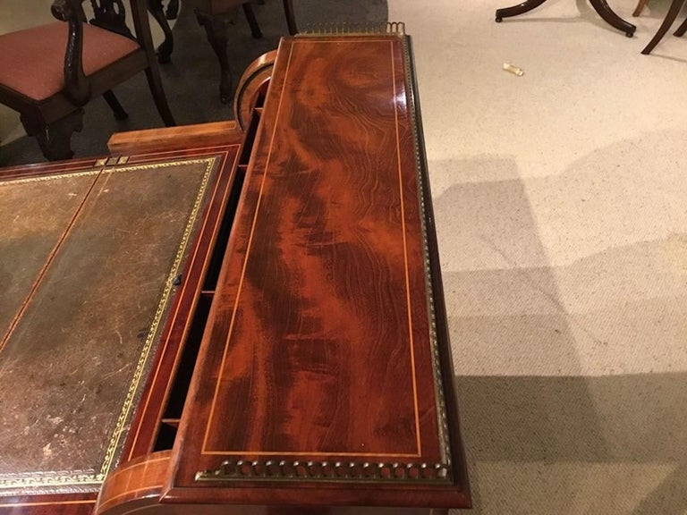 Fine Quality Mahogany Inlaid Edwardian Period Desk by Maple & Co. of London For Sale 7