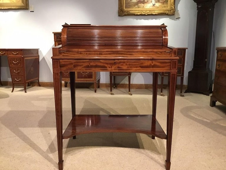 Fine Quality Mahogany Inlaid Edwardian Period Desk by Maple & Co. of London For Sale 4