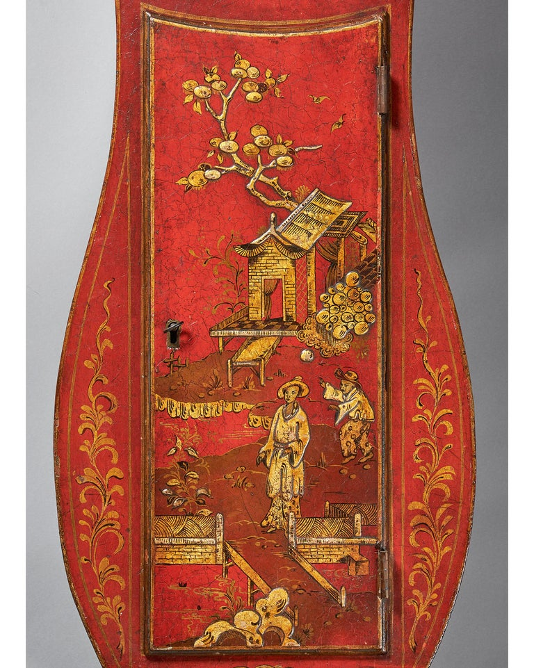 English Fine Red Japaned and Chinoiserie Decorated Late 18th Century Tavern Clock For Sale