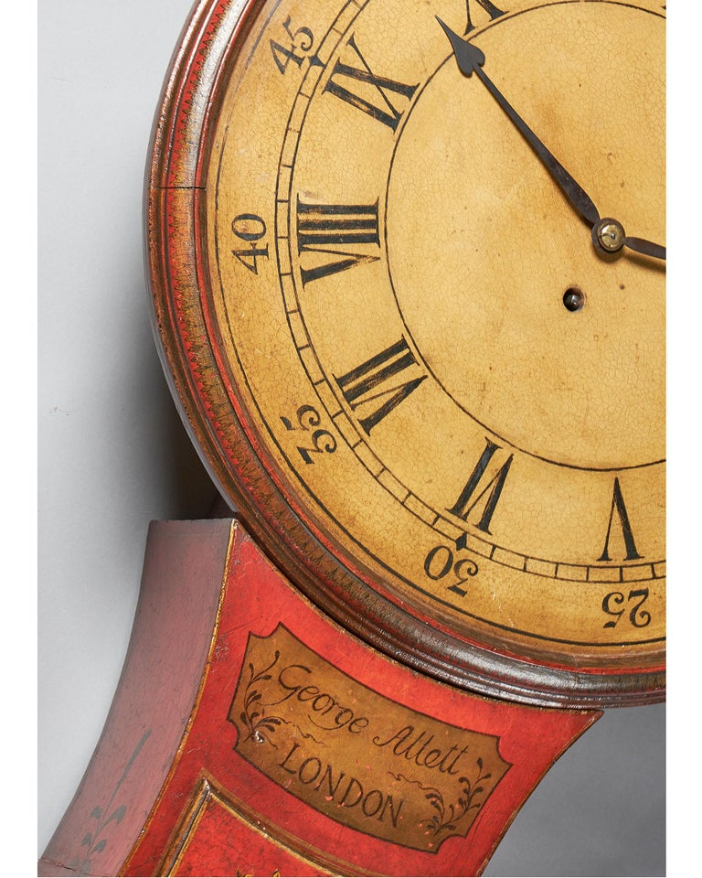 Fine Red Japaned and Chinoiserie Decorated Late 18th Century Tavern Clock In Good Condition For Sale In Buscot, Oxfordshire