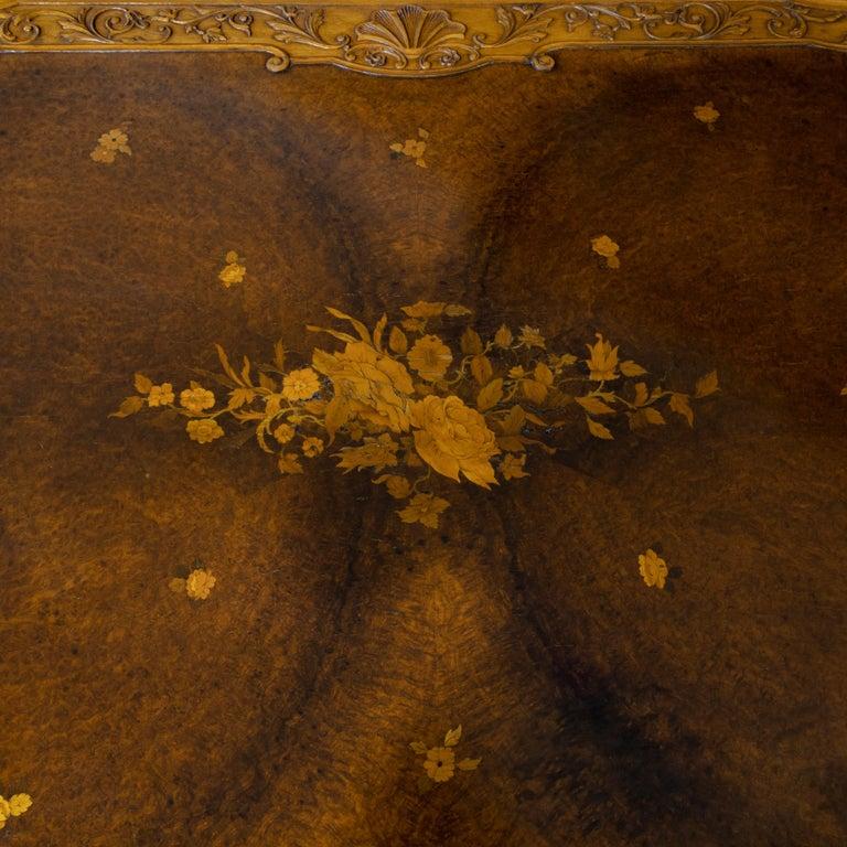 Fine Walnut and Burr Walnut Orientalist Centre Table, 1920 For Sale 6