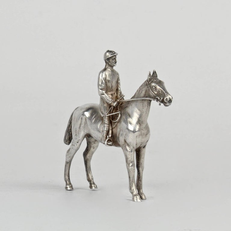 Finely Cast Silver Equestrian Horse Racing Sculpture For Sale 2