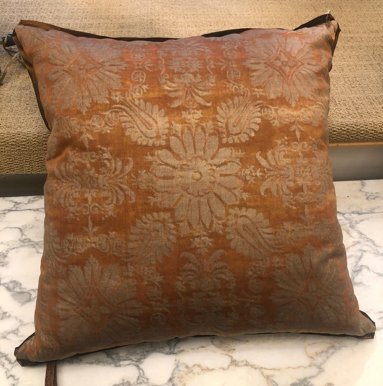 Contemporary Fortuny Fabric Cushion in the Impero Pattern For Sale