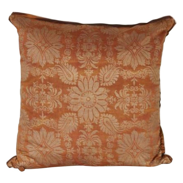 Fortuny Fabric Cushion in the Impero Pattern For Sale
