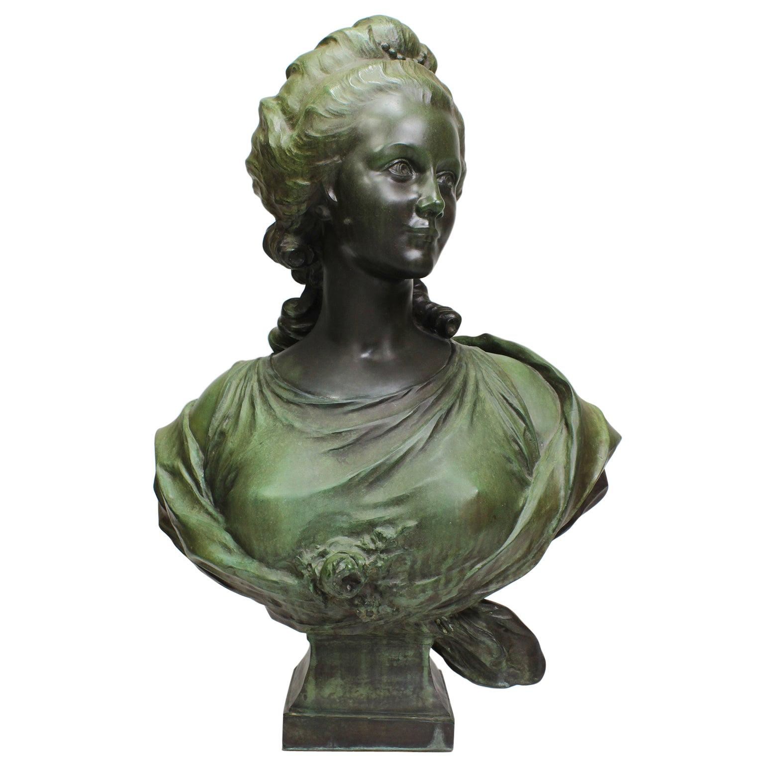 French 19th-20th Century Art-Nouveau Bronze Patinated Bust of Marie Antoinette