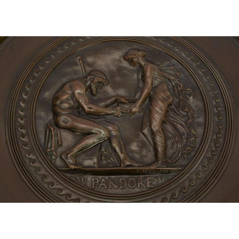 French 19th Century Grand Tour Period Bronze Tazza Signed F. LEVILLAIN 1866 For Sale 3