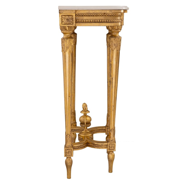 French 19th Century Louis XVI Style Giltwood and Carrara Marble Console For Sale 1