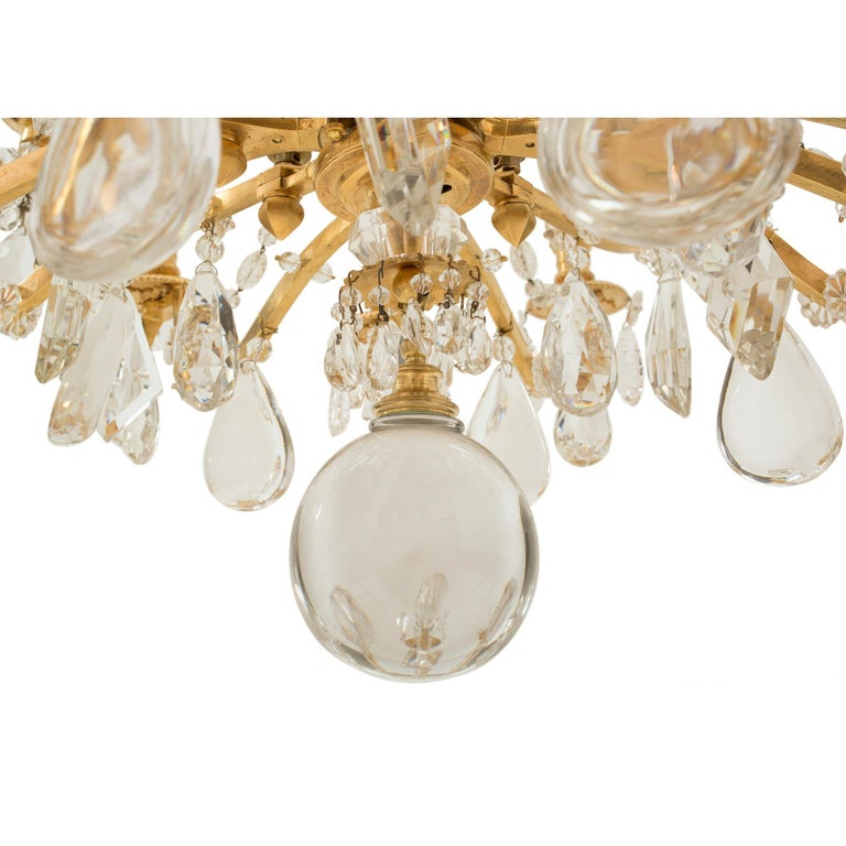French 19th Century Louis XVI St. Marie Antoinette Baccarat Crystal Chandelier For Sale 5