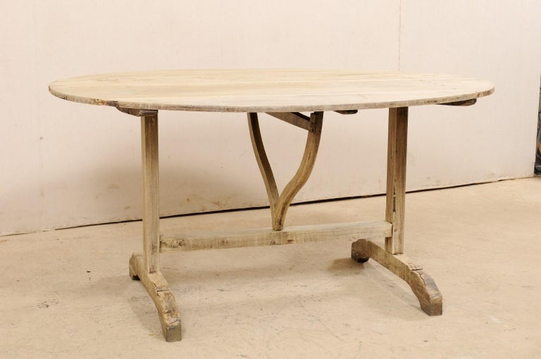 Wood French 19th Century Oval-Shaped Wine Tasting Tilt-Top Table For Sale