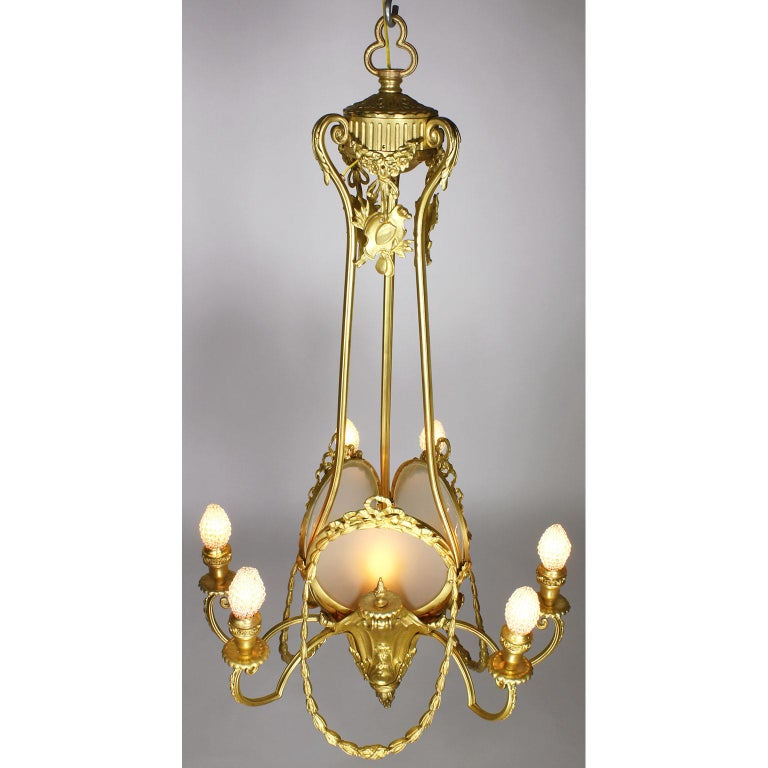 French Belle Époque Neoclassical Revival Style Gilt Metal Six-Light Chandelier In Good Condition For Sale In Los Angeles, CA