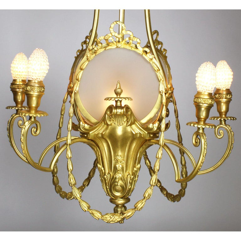 Early 20th Century French Belle Époque Neoclassical Revival Style Gilt Metal Six-Light Chandelier For Sale