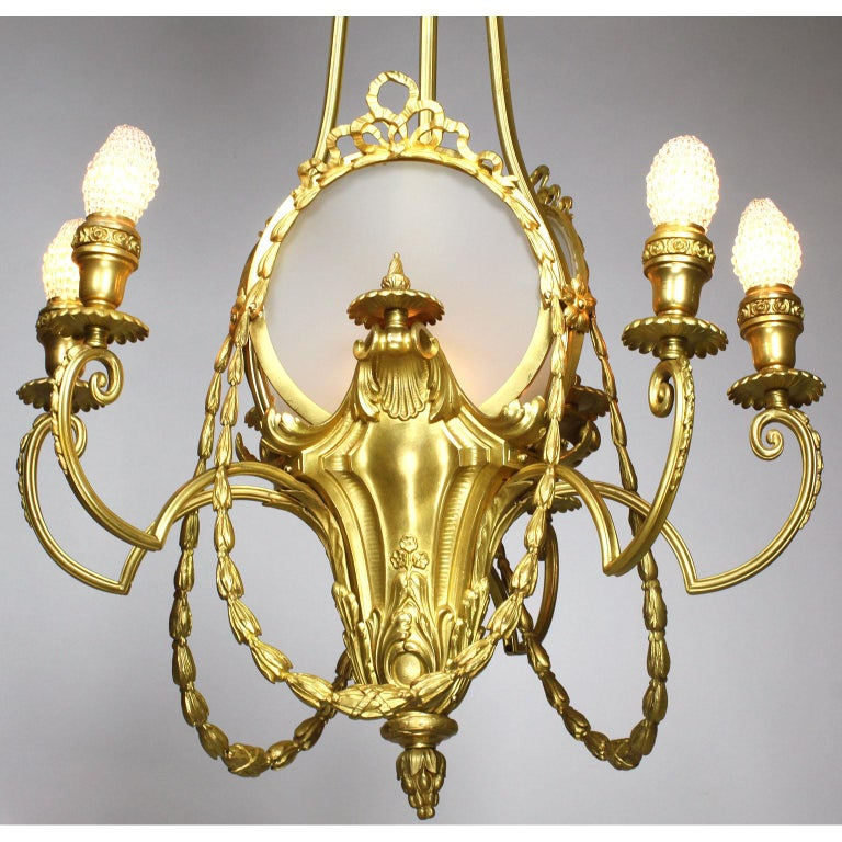 French Belle Époque Neoclassical Revival Style Gilt Metal Six-Light Chandelier For Sale 2