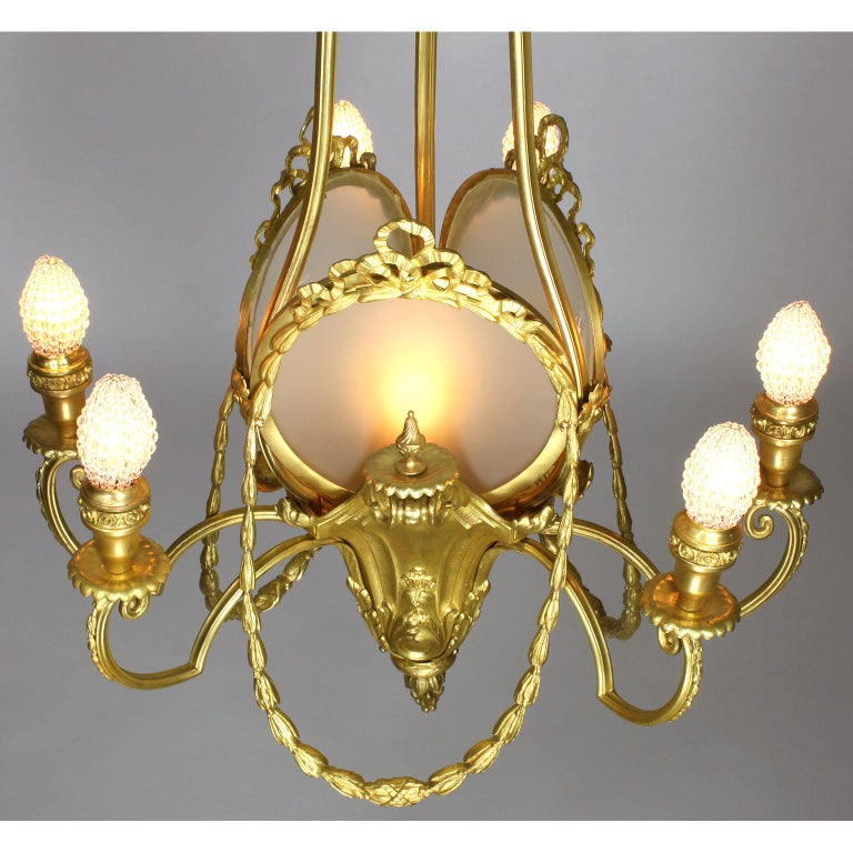 French Belle Époque Neoclassical Revival Style Gilt Metal Six-Light Chandelier For Sale 3