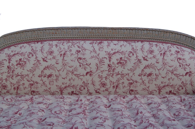 French Louis XVI Style Daybed In Good Condition For Sale In Petworth, West Sussex
