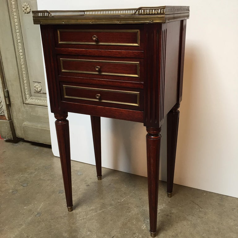 20th Century French Louis XVI Style Mahogany Table For Sale