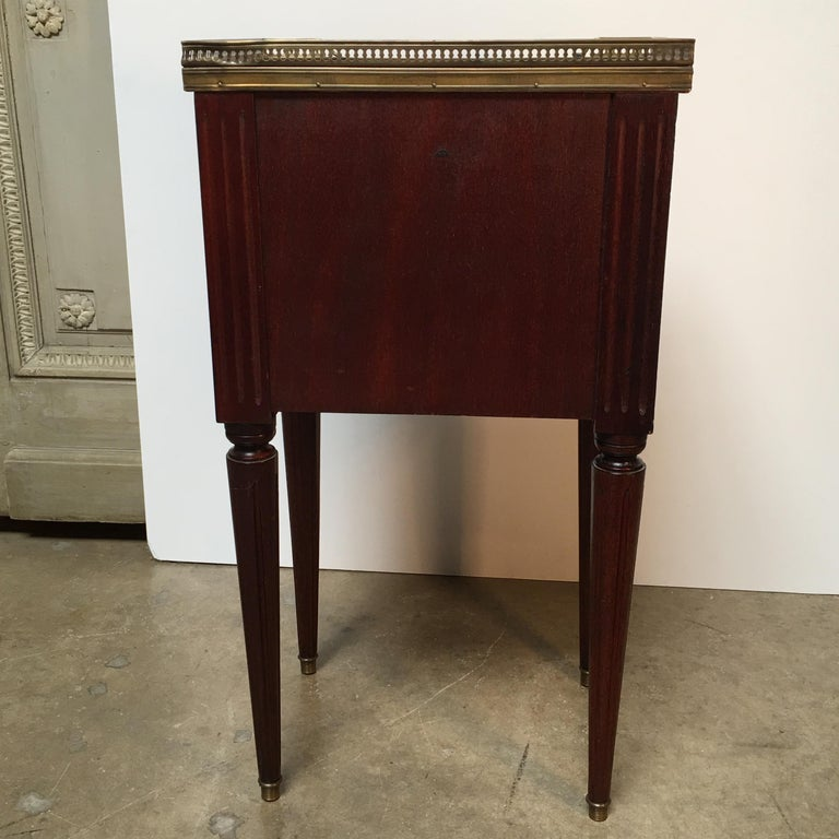 French Louis XVI Style Mahogany Table For Sale 1
