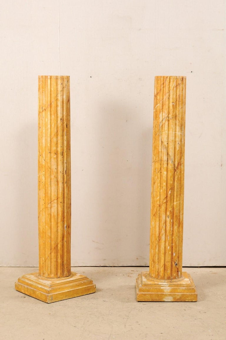 French Pair of Fluted Columns with Faux Marble Finish, Mid-20th Century For Sale 1