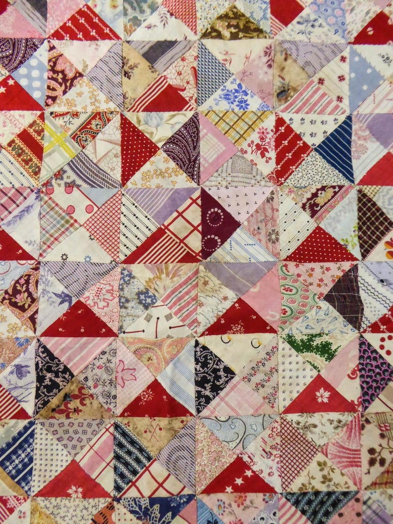 Circa 1850/1900 France Provence  Astonishing and rare Patchwork collected in Provence and dating from the second half of the 19th century. Diamons in printed cotton diamonds forming squares sewn together at the running stitch. All the Indiennes date