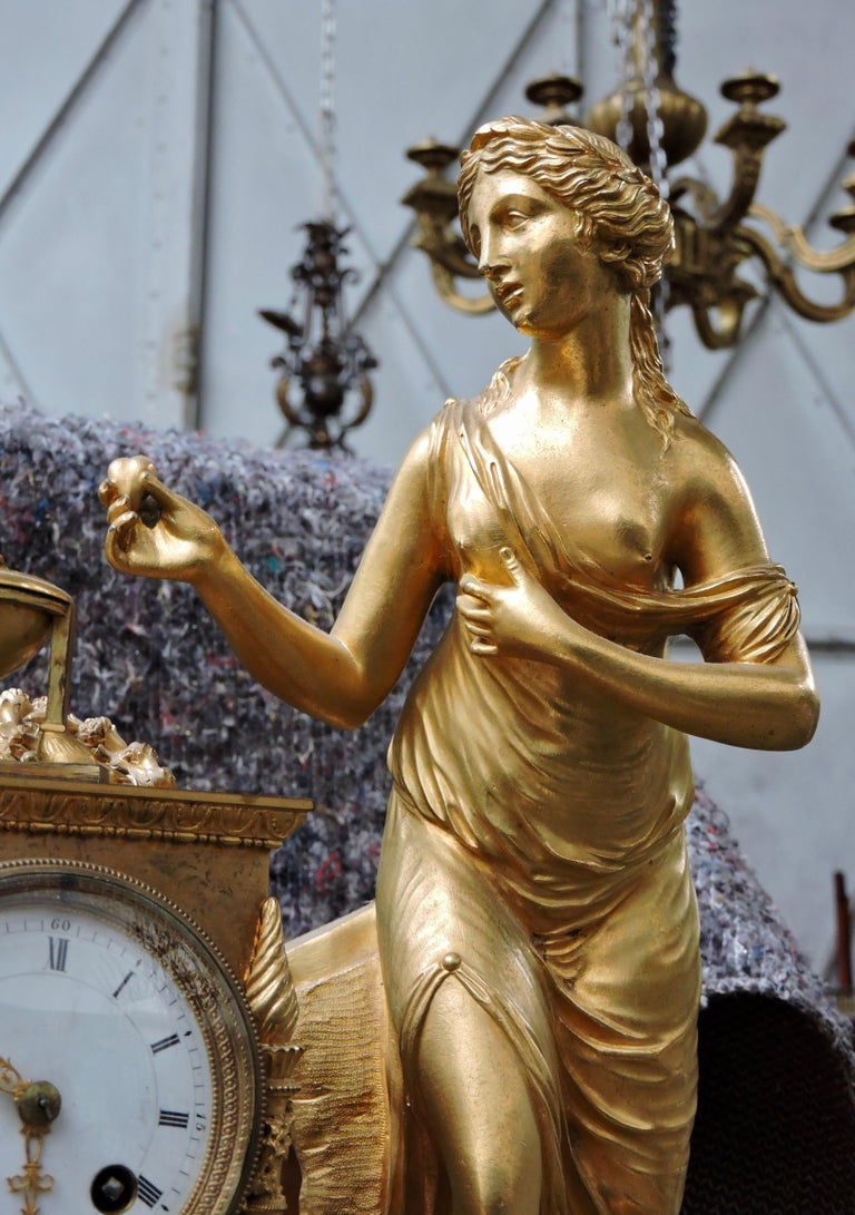 French Restauration Marble and Ormolu Mantle Clock For Sale 2