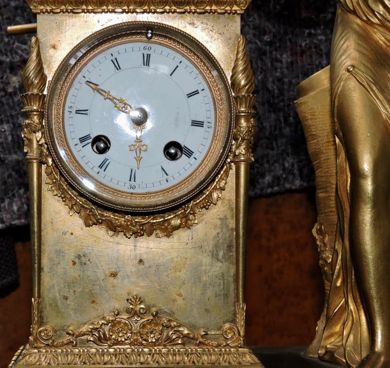 French Restauration Marble and Ormolu Mantle Clock For Sale 4