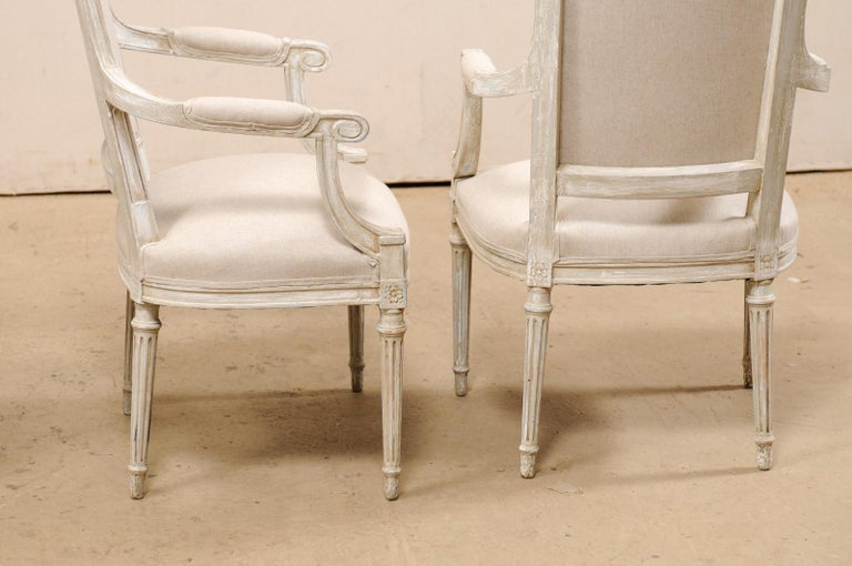 French Set of Four Carved Wood Armchairs with Newly Upholstered Seats and Backs For Sale 4