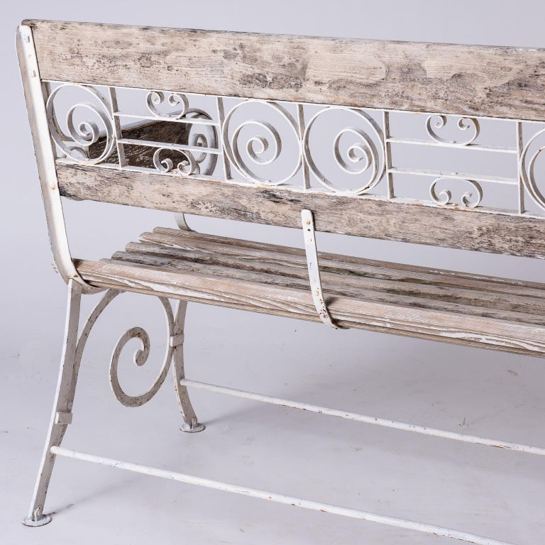 French Wood and Wrought Iron Garden Bench, circa 1900 For Sale 4