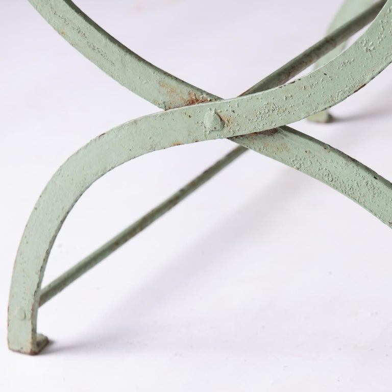 French Wrought Iron Garden Bench with Old Green Paint, circa 1920 For Sale 3
