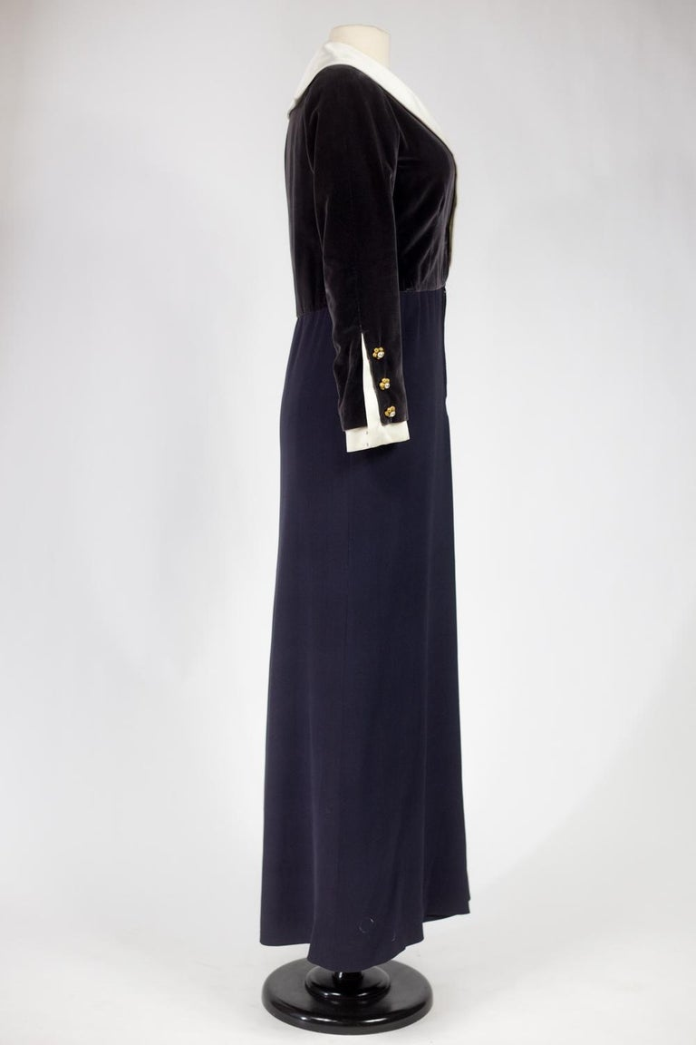 A Gabrielle Chanel Haute Couture Evening Navy Dress Numbered 42506 Circa 1955 For Sale 6