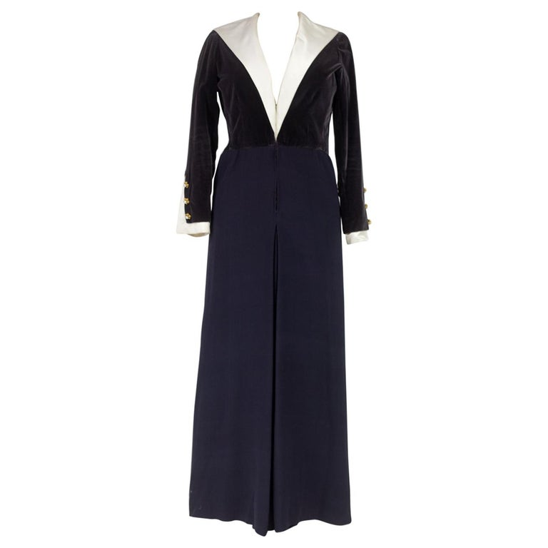 A Gabrielle Chanel Haute Couture Evening Navy Dress Numbered 42506 Circa 1955 For Sale