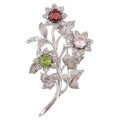 Gem-Set Diamond and Eighteen Karat White Gold Brooch