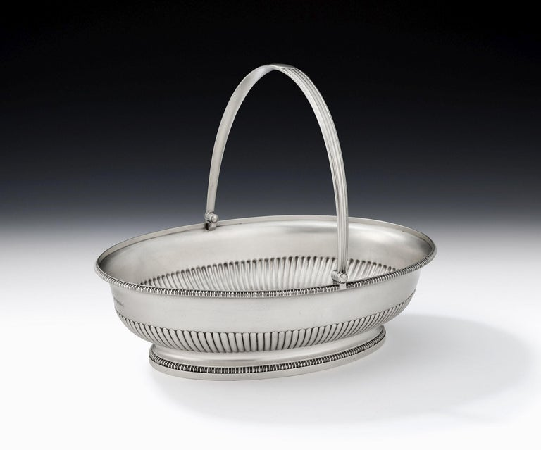 English George III Bread/Fruit Basket Made in London in 1803 by Richard Cooke For Sale