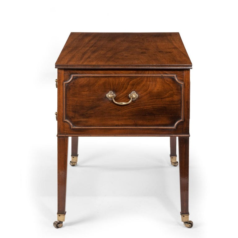 George III Free-Standing Mahogany Architect's Desk For Sale 4