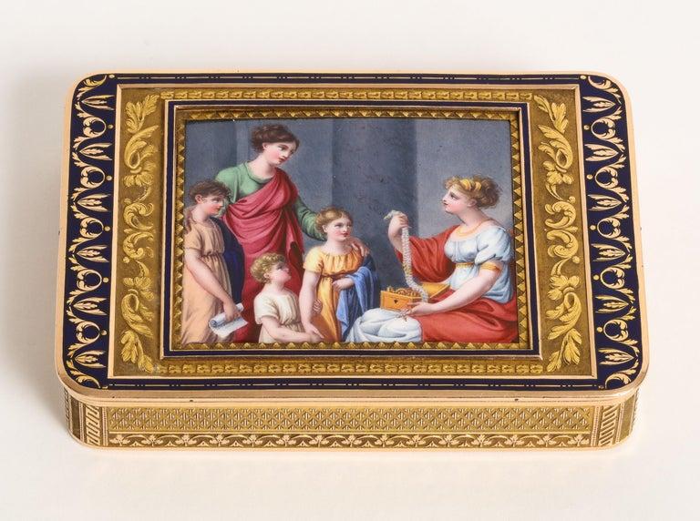 German Gold and Enamel Snuff Box, Hanau, circa 1805 For Sale