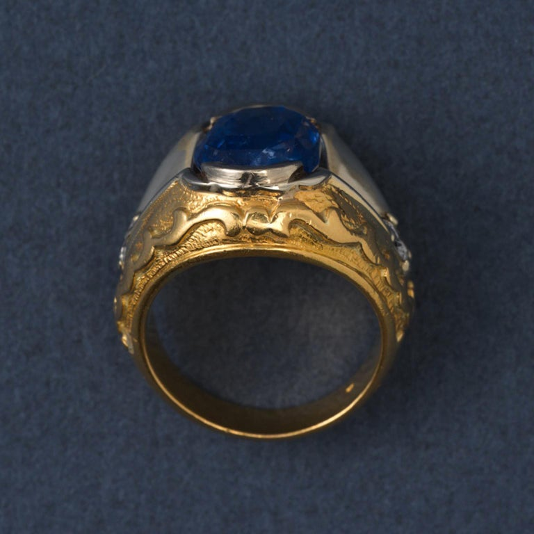 Gold and Sapphire Ring For Sale 1
