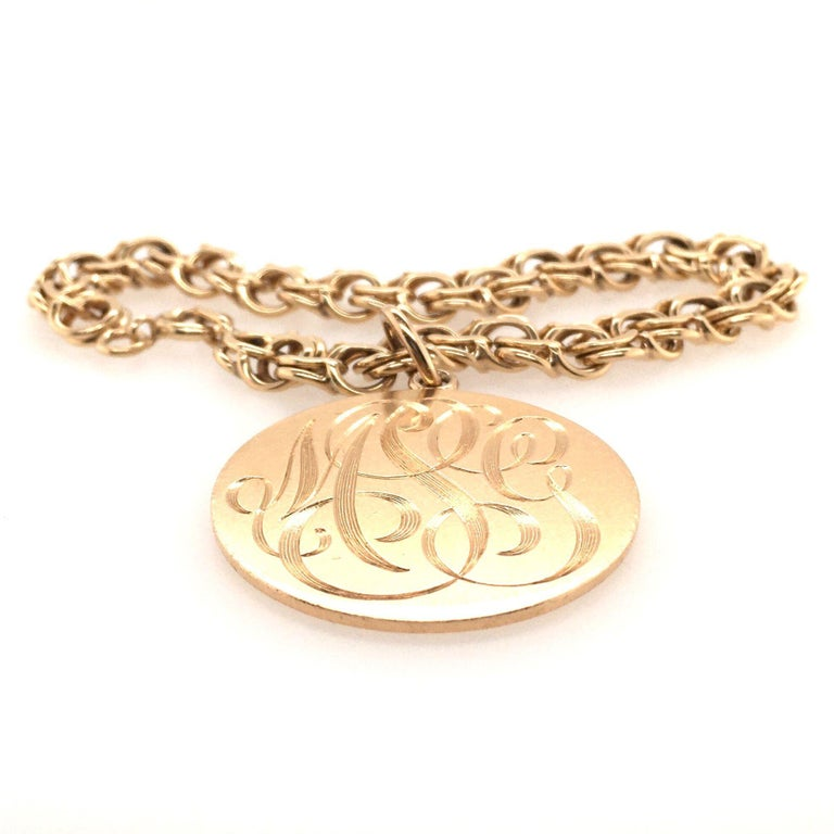Gold Charm Bracelet In Good Condition In New York, NY