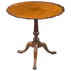 Good George III Period Mahogany Pie-Crust Tilt Table