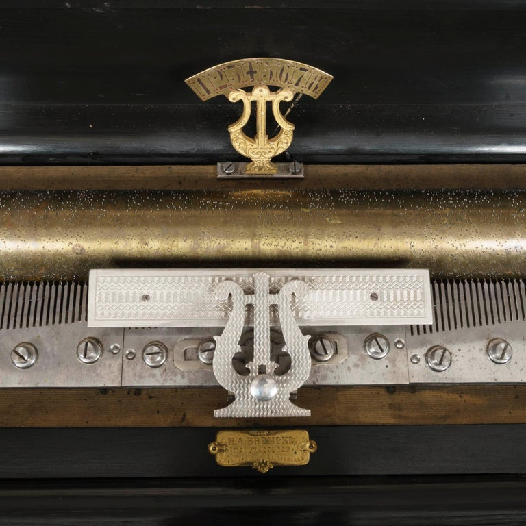 Grand 19th Century Swiss-Made Musical Box In Good Condition For Sale In London, GB