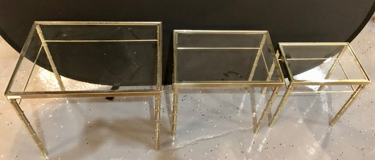 Group of Three Faux Bamboo Brass Nesting Tables with Glass Tops For Sale 5