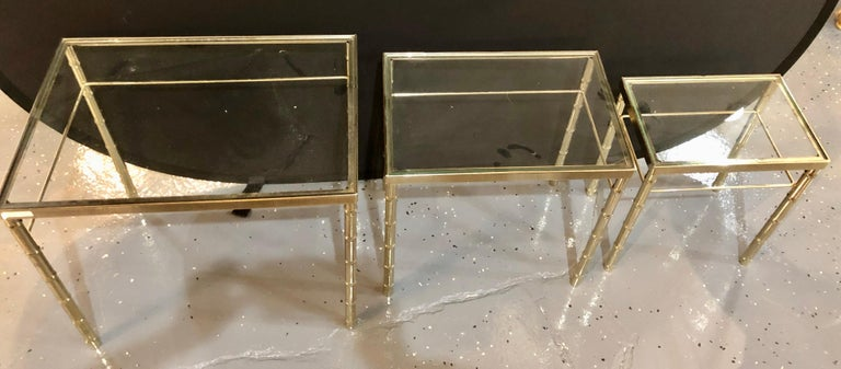 Group of Three Faux Bamboo Brass Nesting Tables with Glass Tops For Sale 4