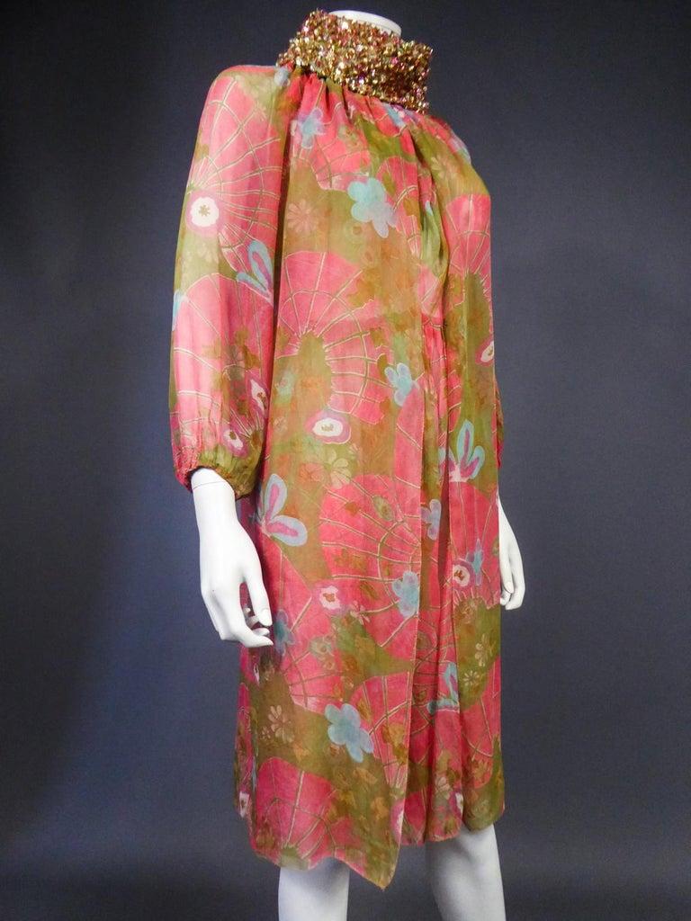A Guy Laroche Set in Printed Silk Crepe Circa 1965 For Sale 6